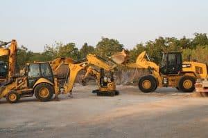 כלי עבודה של קבלן עבודות עפר